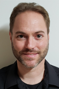 Derek Myers Headshot